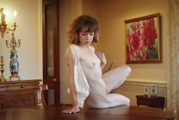 Emily-Windsor-Presenting-p71rpf41kq.jpg