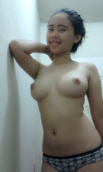 Foto Bugil Gadis Abg Selfie Pamer Memek