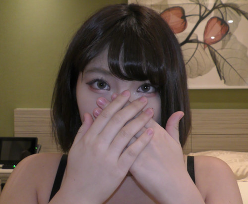 【オボワz☆ 投稿作品】なつみ20歳のパイパンJD!ムッチリ美女を色んな体位で生ハメし、ラストは中出しで決めます!