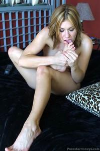 Nadia Foster  nackt