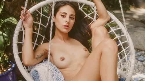 Celebs pics forum nude 17 Naked