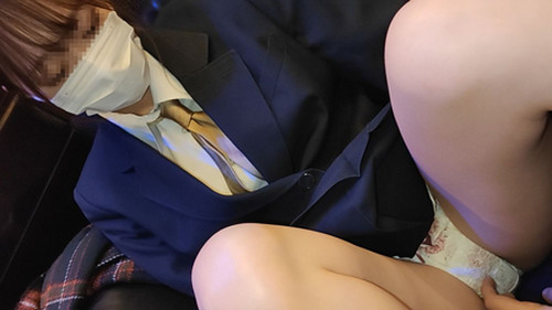 【オボワz☆ 投稿作品】★【顔出し】県立普通科③空手部美少女。制服とまんこを精子で汚す