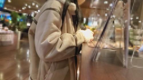 【オボワz☆ 投稿作品】【無修正】自粛中職を無くした少女を援助。足湯デート連続中出し(59分)